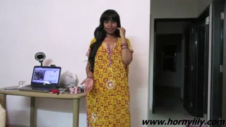 Indian bhabhi talking