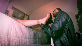 feet worship - dad jackrabbit massaging her toes with his mouth